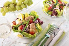 Na jó, most akkor milyen az egészséges életmód? Pasta Salad, Cobb Salad, Naan, Tacos, Dairy, Cheese, Ethnic Recipes, Food, Crab Pasta Salad