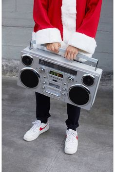 music system Straight outta the this retro-look boombox from GPO is equipped with modern tech for all your Lloyd Dobler moments. Upgraded with modern features, this boombox does it a Top 5 Christmas Gifts, Christmas Gifts For Boyfriend, Christmas Shopping, Holiday Gifts, Christmas Christmas, Top Gifts For Men, Gifts For Dad, Men Gifts, Boombox