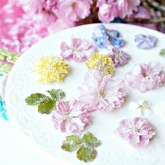 Crystallized edible flowers are a stunning decoration for your Mother's Day cake.
