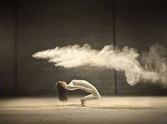 jeffrey vanhoutte freeze frames dancers in powdered milk explosions