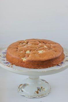 Meet my neighbour Chocolate cake with cottage cheese Chocolates, Roll Cakes, Cottage Cheese, Chocolate Cake, Tiramisu, Brownies, Cheesecake, Cupcakes, Meet