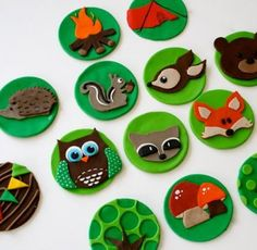 super cute fondant cupcake toppers