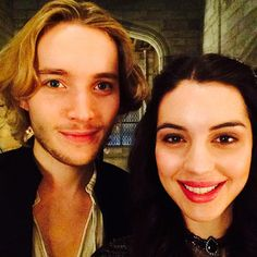Reign - Francis (Toby Regbo) and Mary (Adelaide Kane) behind the scenes