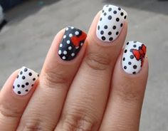 reminds me of hello kitty...<3