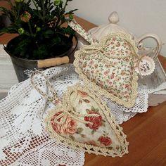 Идеи сердечек из ткани найденные на просторах интернета :) Любуемся и вдохновляемся! Еще есть немного времени, чтобы успеть сделать подарок!