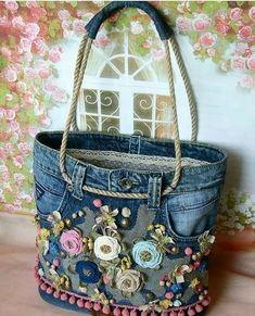 Best 12 Free Tutorial: Easy support for sewing in pocket bottoms - Diy tasche nähen - bags Artisanats Denim, Denim Shorts, Diy Jeans, Diy Denim Purse, Denim Crafts, Recycled Denim, Fabric Bags, Fabric Basket, Scrap Fabric