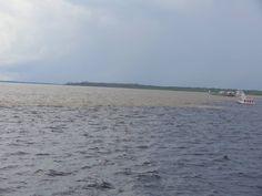 Encontro das águas- Rio Negro e Solimões - Amazonas
