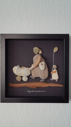 No: 63 İki çocuklu by Nebiye Karataş Marmara 25cmx25cm. Pebble Art.