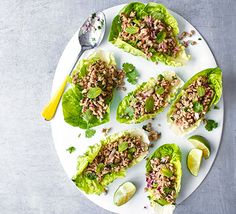 Thai green pork lettuce cups A healthy, quick and simple midweek meal with fragrant Thai flavours, pork and fresh herbs Bbc Good Food Recipes, Spicy Recipes, Easy Healthy Recipes, Fish Recipes, Easy Meals, Cooking Recipes, Midweek Meals, Healthy Meals, Popular Recipes