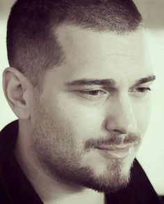 He's really adorable! Feriha Y Emir, Cagatay Ulusoy, Love Him, My Love, Turkish Beauty, Arabic Words, Hair And Beard Styles, Turkish Actors, Beautiful Pictures