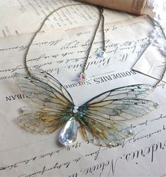 clothe me — whimsy-cat: Faerie wing jewelry by Under the Ivy. Fairy Jewelry, Fantasy Jewelry, Cute Jewelry, Photo Jewelry, Jewelry Box, Jewelry Making, Resin Jewelry, Jewelry Crafts, Handmade Jewelry