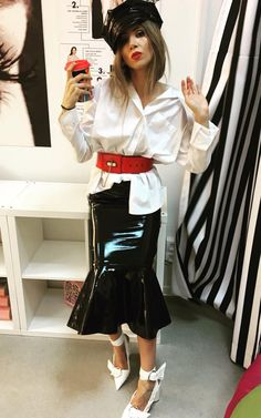 OANA SILVIA POPESCU - Verdict.ro Brave, Latex, Leather Skirt, Runway, Style Inspiration, Stylish, Womens Fashion, Skirts, Outfits