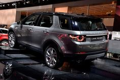2017 Land Rover Discovery Release Date - http://www.autonewshq.com/2017-land-rover-discovery-release-date/