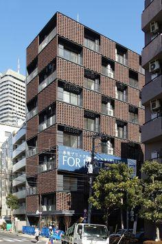 japan-architects.com: 木下昌大による集合住宅「AKASAKA BRICK RESIDENCE」