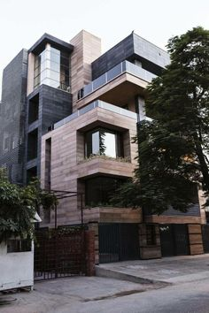 Cuboid House by Amit Khanna Design, Dehli