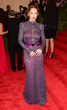 Minka Kelly com vestido Carolina Herrera - MET Ball 2013