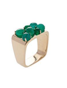 grassy anillo con cabujones de esmeraldas