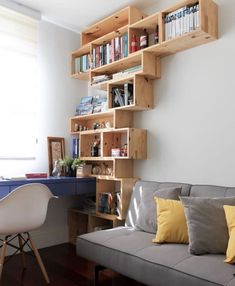 Creative Ideas of Wood Pallets Recycling Wood Pallet Recycling, Pallet Crafts, Recycled Pallets, Pallet Ideas, Crate Shelves, Pallet Shelves, Wood Shelves, Wall Shelving, Crate Bench