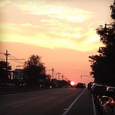 A world of orange @bostonu #bu #sunset #commave by kround29