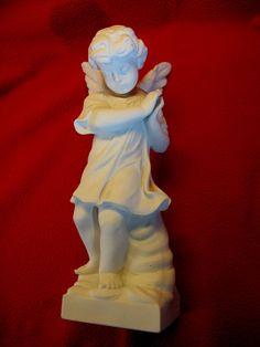schöner alter Engel , aus Biskuit - Porzellan