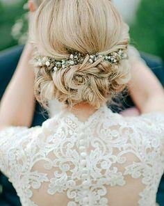 Simple yet Elegant Hair Do