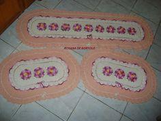 jogo de cozinha 3 peças em croche salmão e cru com flores mesclada rosa R$ 160,00