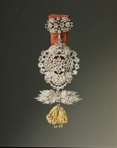 Order of the Golden Fleece, 18th and 19th centuries Gold, Silver, Diamonds 5 1/2 × 2 4/5 in 14 × 7 cm Hillwood Estate, Museum Gardens