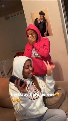 Girls Best Friend, Best Friends, Cute Boyfriend Texts, Best Rapper Alive, Cute Lazy Outfits, Cute Nails, Baddies, Cleaning Hacks, Youtubers