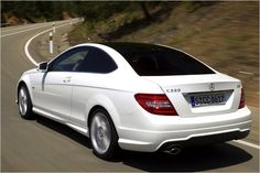 Neues Schnittmuster: Mercedes C 220 CDI BlueEfficiency Coupé in Fahrt