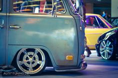 VW T1 Bus Customizing - Hoch im Kurs  http://www.autotuning.de/vw-t1-bus-customizing-hoch-im-kurs/ Bulli, Bus, T1, T2, VW