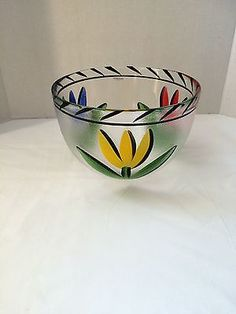 The glass is handpainted and signed to the base 'Kosta Boda Artist Coll Ulrica HV Kosta Boda. There are 2 small pieces of glass stuck to the inside of the bowl from manufacture. Kosta Boda, Fused Glass, Tulips, Sweden, Serving Bowls, Decorative Bowls, Scandinavian, Glass Art, Blue And White