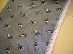 Navy Blue with White Flowers and white Lace Trim 7 1/4 inches  1 yard 34 inches