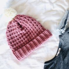 41 Awesome Free Crochet Winter Hat Patterns Ideas Images for 2019 Part crochet hats; Crochet Beanie Hat Free Pattern, Diy Crochet And Knitting, Free Crochet, Crochet Hats, Crochet Winter Hats, Slouch Beanie, Pattern Ideas, Hat Patterns, Crochet Patterns