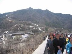 There are many spots to view the Great Wall of China and we've got a list of the best here: http://www.suitcasesandstrollers.com/articles/view/the-great-wall-of-china?l=s #GoogleUs #suitcasesandstrollers #travel #travelwithkids #familytravel #familyholidays #familyvacations #traveltips #GreatWall #China