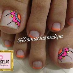 Pedicure Designs, Pedicure Nail Art, Diy Nail Designs, Toe Nail Art, Jamberry Pedicure, Pretty Toe Nails, Cute Toe Nails, Diy Nails, Neon Toe Nails