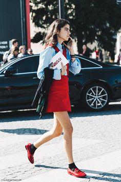 Leandra medine #streetstyle #gucci #loafer #schoolgirl #ootd @manrepeller @pixiemarket via LE CATCH