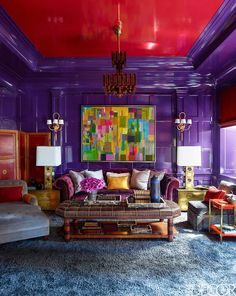 Steven Gambrel Manhattan Home - Manhattan Apartment Design - ELLE DECOR-daring use of color! Room Interior Design, Home Interior, Home Design, Interior Livingroom, Room Colors, House Colors, Murs Violets, Manhattan Apartment, Manhattan House