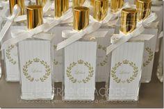 Para a chegada da Luísa a mamãe encomendou frascos de home spray modelo Slim de 50 ml para presentear suas visitas.