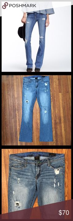 Genetic Denim Distressed Riley Bootcut Genetic Denim distressed 'the Riley' bootcut jeans in great condition. 98% cotton and 2% elastan. Inseam is 32 inches and the rise 8.5 inches. Genetic Denim Jeans Boot Cut