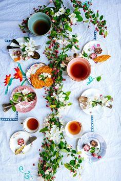tafel dekken- tafel decor- tafel setting- tafel styling- table settings- decorate with blossoms- diy flowers- www.mylucie.com