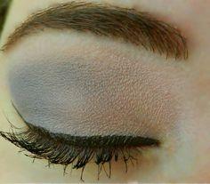 Base: Pink Frost ShadowSense Blending: Mulberry ShadowSense Accent: Silver Violet ShadowSense Liner: Brown EyeSense Mascara: Brown LashSense Brows: BrowSense; Match to brow color