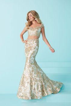 Tiffany Designs 16243 - International Prom Association