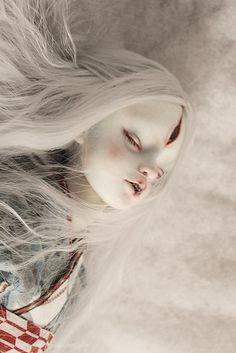 Translucent Porcelain Royalton China Co Product Mark Ryden, Emo Kawaii, Enchanted Doll, Gothic Dolls, Art Sites, Arte Horror, Creepy Dolls, Doll Parts, Doll Repaint