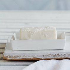 Newcombe Ceramic Soap Dish - White| The White Company