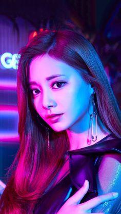 Twice Tzuyu Breakthrough Twice Mv, Twice Once, Twice Kpop, Nayeon, Kpop Girl Groups, Korean Girl Groups, Kpop Girls, K Pop, Sana Kpop