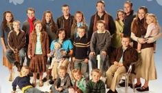 Learning About Biblical Modesty From The Duggars--Healthy Families for God's interview with the Duggars Familia Duggar, Duggar Family Blog, 20 Years Of Marriage, Dugger Family, Modest Outfits, Modest Clothing, Clothing Styles, Bates Family, 19 Kids And Counting