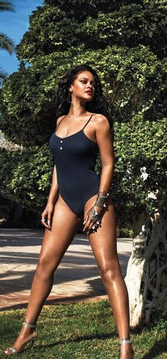 Rihanna Riri, Beautiful Body, Star Fashion, Tankini, Raspberry, Eye Candy, Swimsuit, Bouquet, Stockings