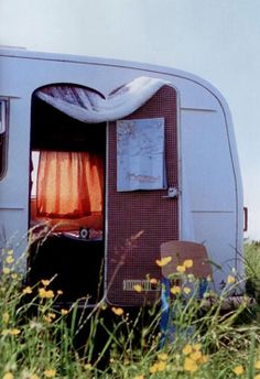 Happy Day Vintage: Mobile Home Monday -