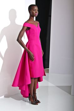 See the complete Christian Siriano Pre-Fall 2016 collection.