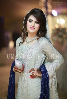 Umbreen Ibrahim photography More Cuteness ohohohoh Asian Wedding Dress, Pakistani Wedding Outfits, Bridal Outfits, Pakistani Dresses, Pakistani Wedding Hairstyles, Bridal Hairstyle, Bridal Looks, Bridal Style, Pakistan Bride